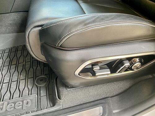 2012-jeep-grand-cherokee-power-seats