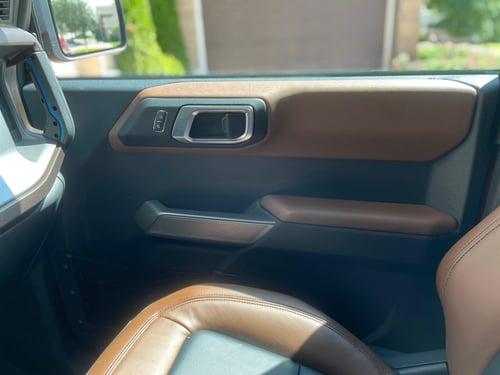 2021-Ford-Bronco-outer-banks-interior-carprousa.pg
