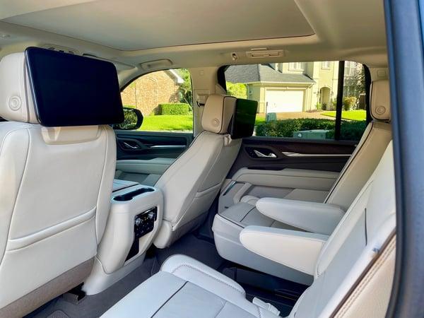 2021-GMC-yukon-denali-xl-back-seat-carprousa.jpg