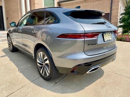 2021-Jaguar-Fpace-2-carprousa