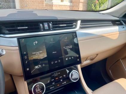 2021-Jaguar-Fpace-infotainment-carprousa
