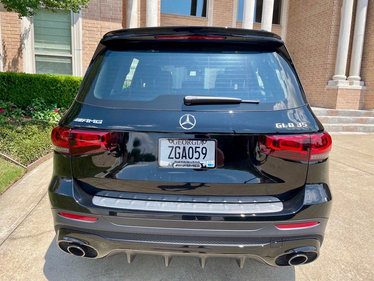 2021-Mercedes-Benz-AMGglb35-tail-end-CarProUSA-Jerry