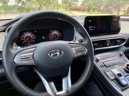 2021-hyundai-santa-fe-steering-wheel-carprousa
