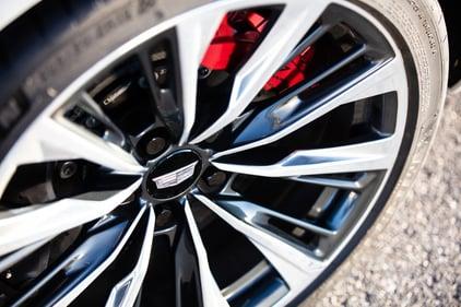 2022-Cadillac-CT5-V-Blackwing-wheel-credit-Cadillac