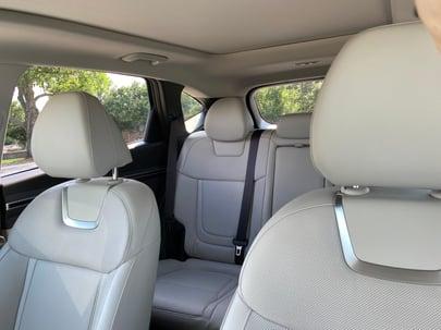 2022-Hyundai-Tucson-Interior-2-carprousa.