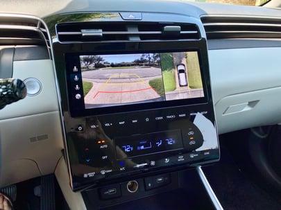 2022-Hyundai-Tucson-camera-carprousa.