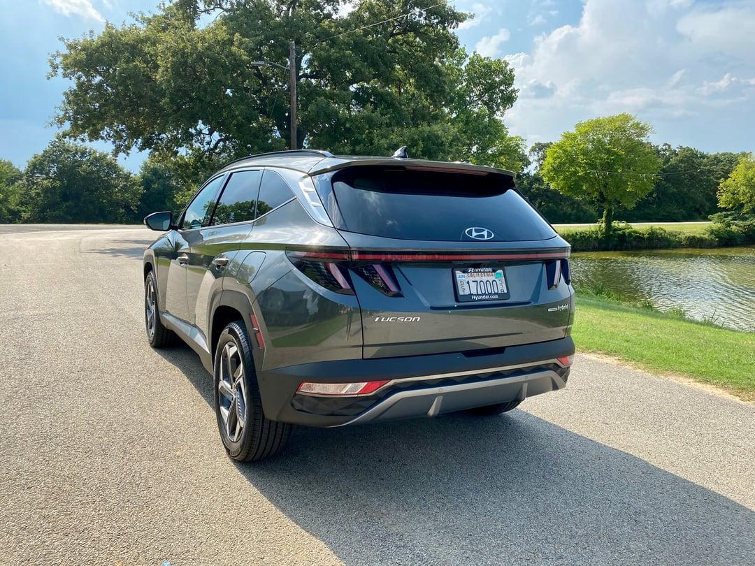 2022-Hyundai-Tucson-exterior2-tailend--carprousa.