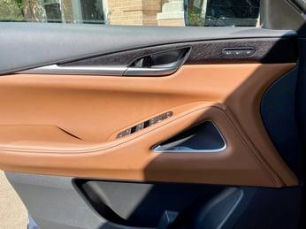 2022-INFINITI-QX60-Autotgraph-door-panel-carprousa.jpg