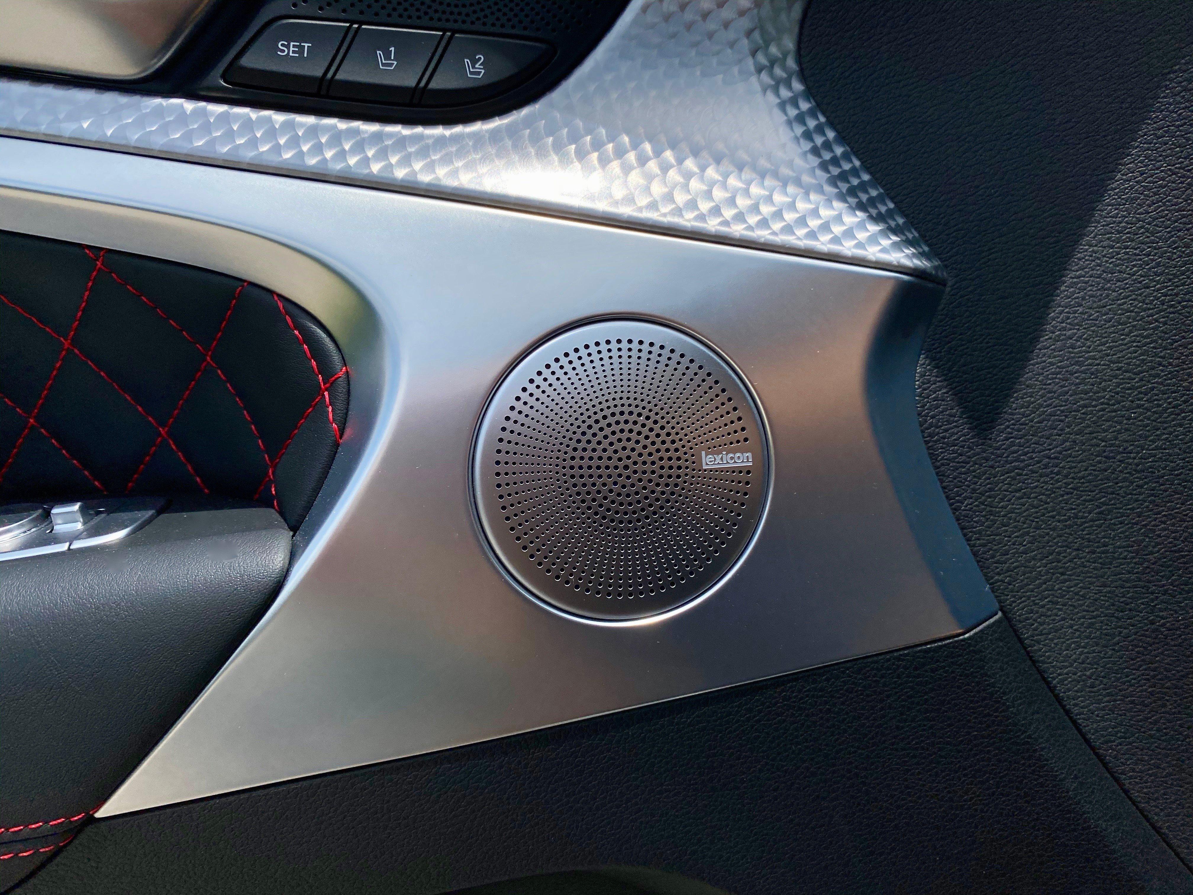 2022-genesis-g70-33t-speaker-carprousa