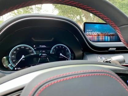 2022-genesis-gv70-digital-displays-carprousa