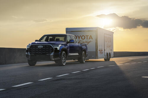 2022-toyota-tundra-towing-credit-toyota-1