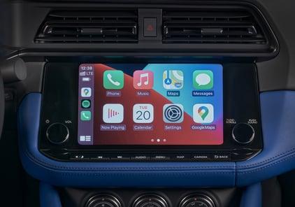 2023-Nissan-Z-apple-carplay-interior-1