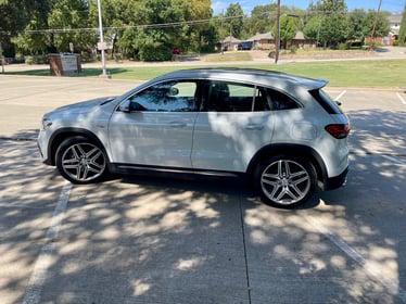 IMG_9822021-Mercedes-Benz-GLA45-profile-carprousa (1)