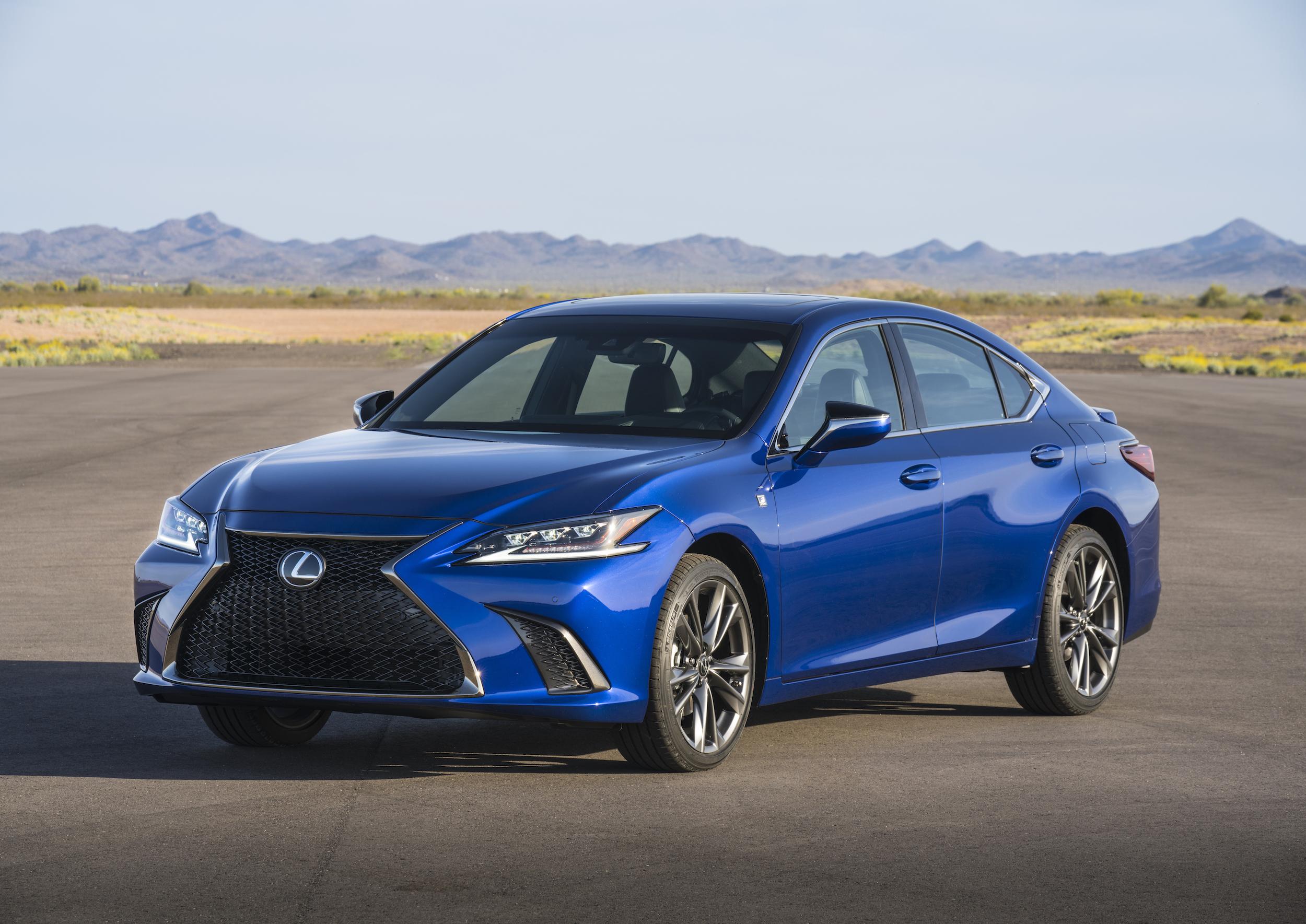 Best-Selling Mid-Sized Luxury Sedans Year-to-Date