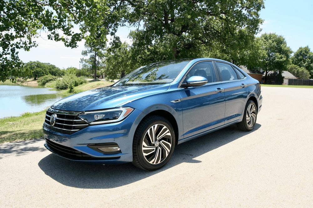 2020 Volkswagen Jetta SEL Premium exterior