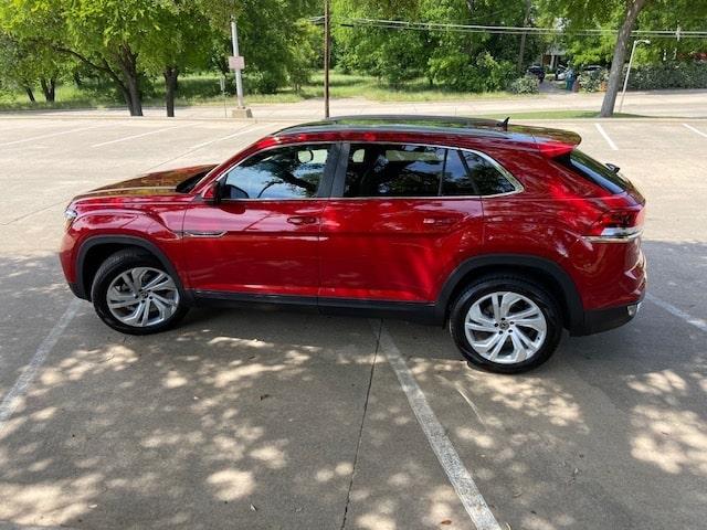 2020 Volkswagen Atlas Cross Sport exterior