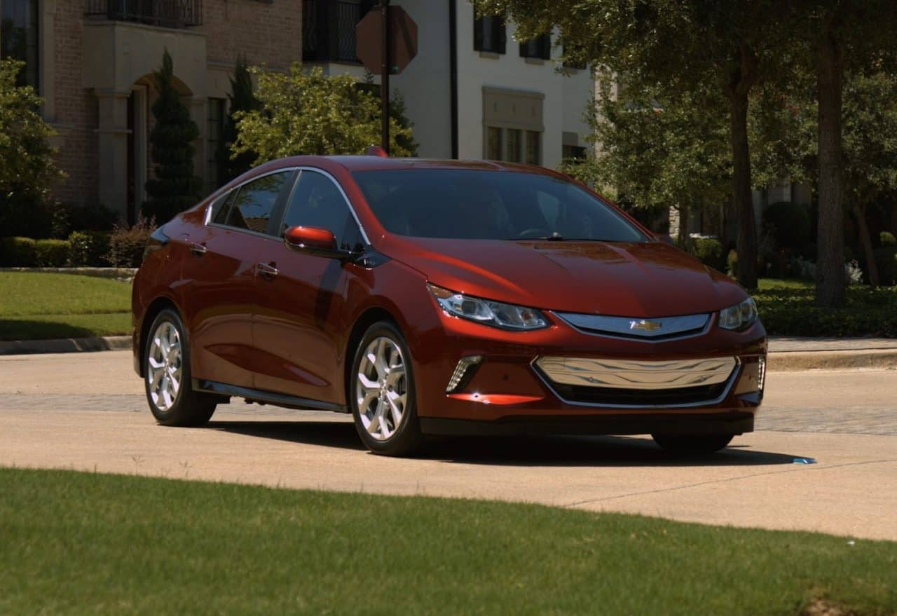 Test Drive: 2017 Chevrolet Volt Plug-In Hybrid Review Photo Gallery