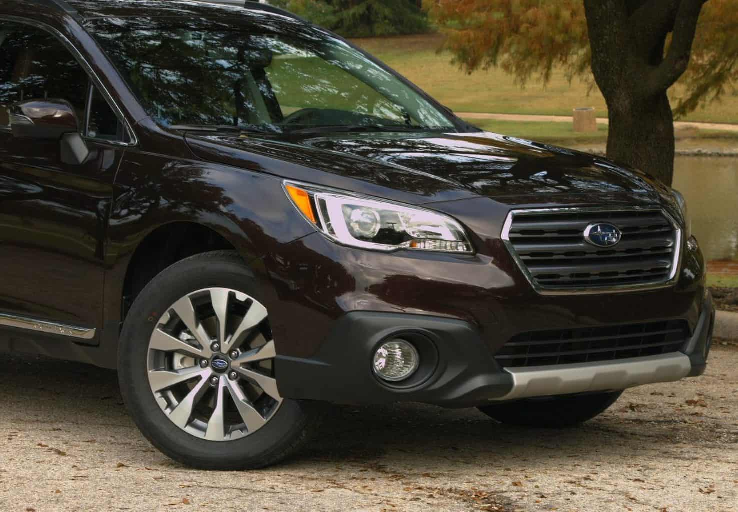 2017 Subaru Outback Touring Test Drive and Review Photo Gallery