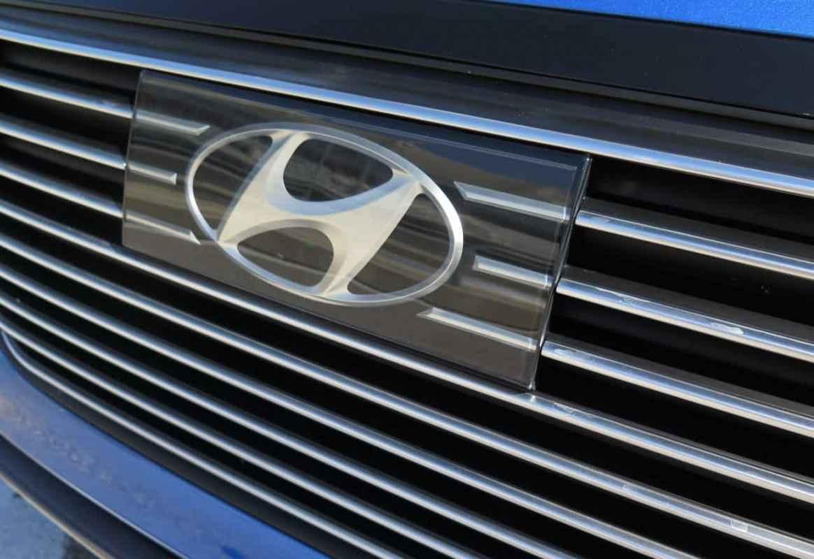 First Look: 2017 Hyundai Ioniq Hybrid Photo Gallery