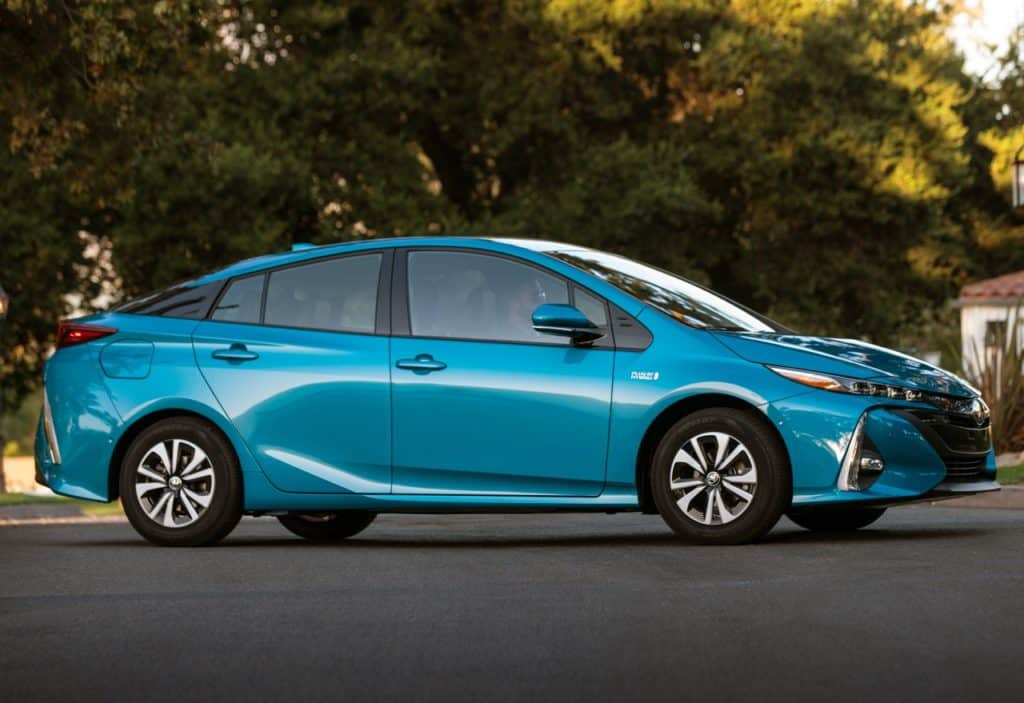 First Look: 2017 Toyota Prius Prime Advanced Photo Gallery