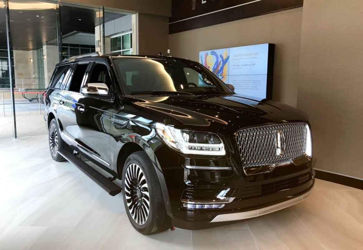 2018 Lincoln Navigator Black Label L Video and Photos Photo Gallery