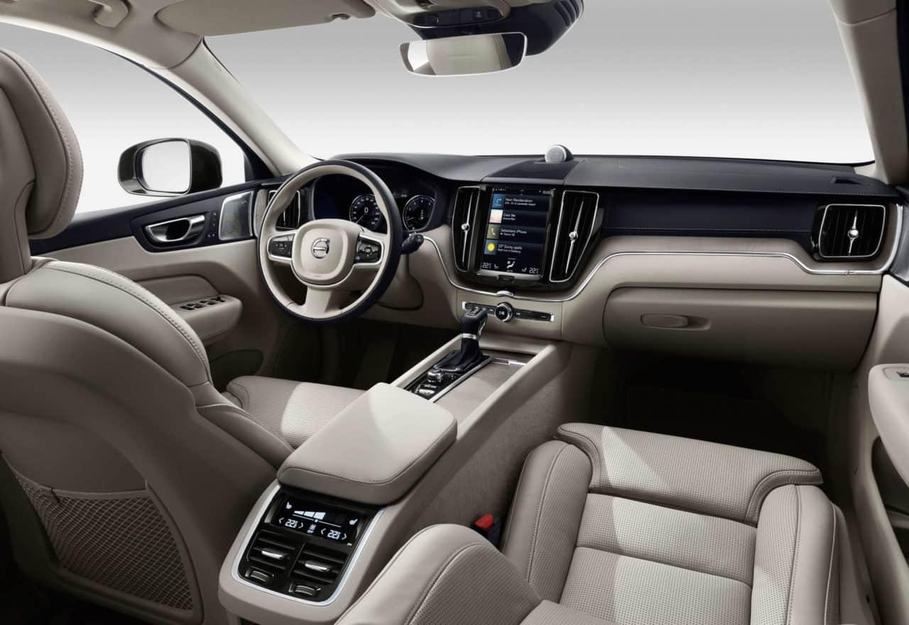 2018 Volvo XC60 T6 Inscription Test Drive Photo Gallery