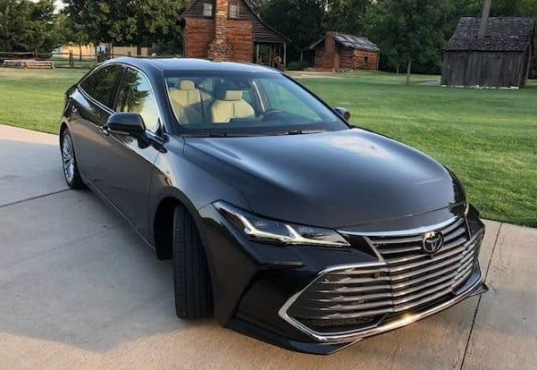 Much-Improved 2019 Toyota Avalon Ups Its Comfort, Style, and Performance Photo Gallery