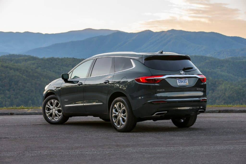 The Refined 2018 Buick Enclave Avenir Is A Classy Three-Row Family Hauler Photo Gallery