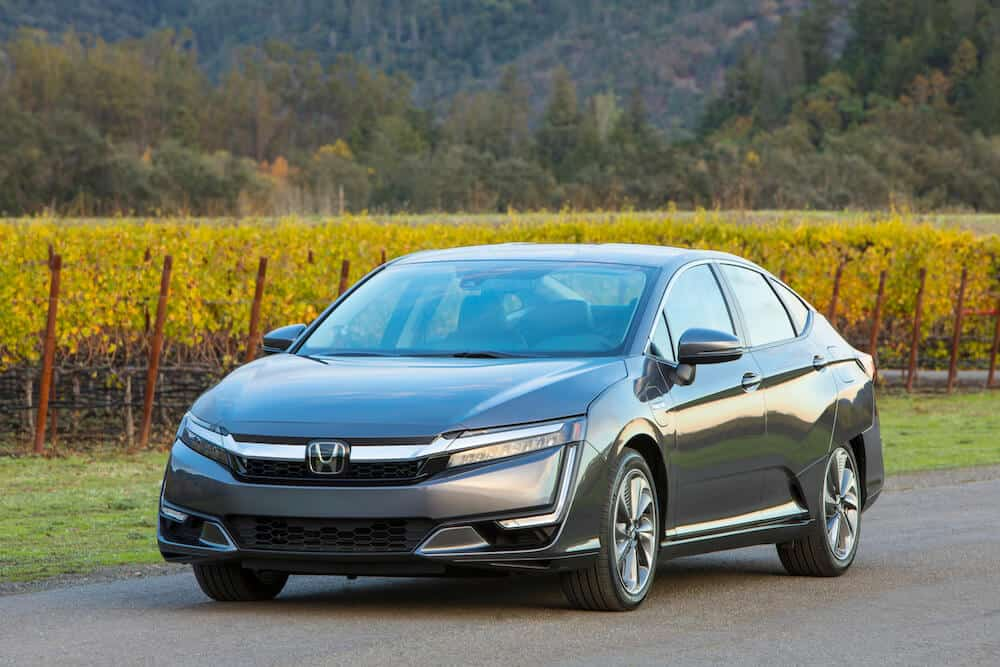 The 2018 Honda Clarity Is A Futuristic, Fuel Efficient Plug-In Hybrid Photo Gallery