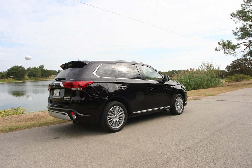 2019 Mitsubishi Outlander PHEV GT S-AWC Review Photo Gallery