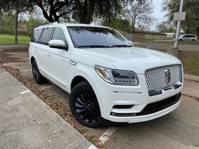 2020 Lincoln Navigator Reserve Review Photo Gallery