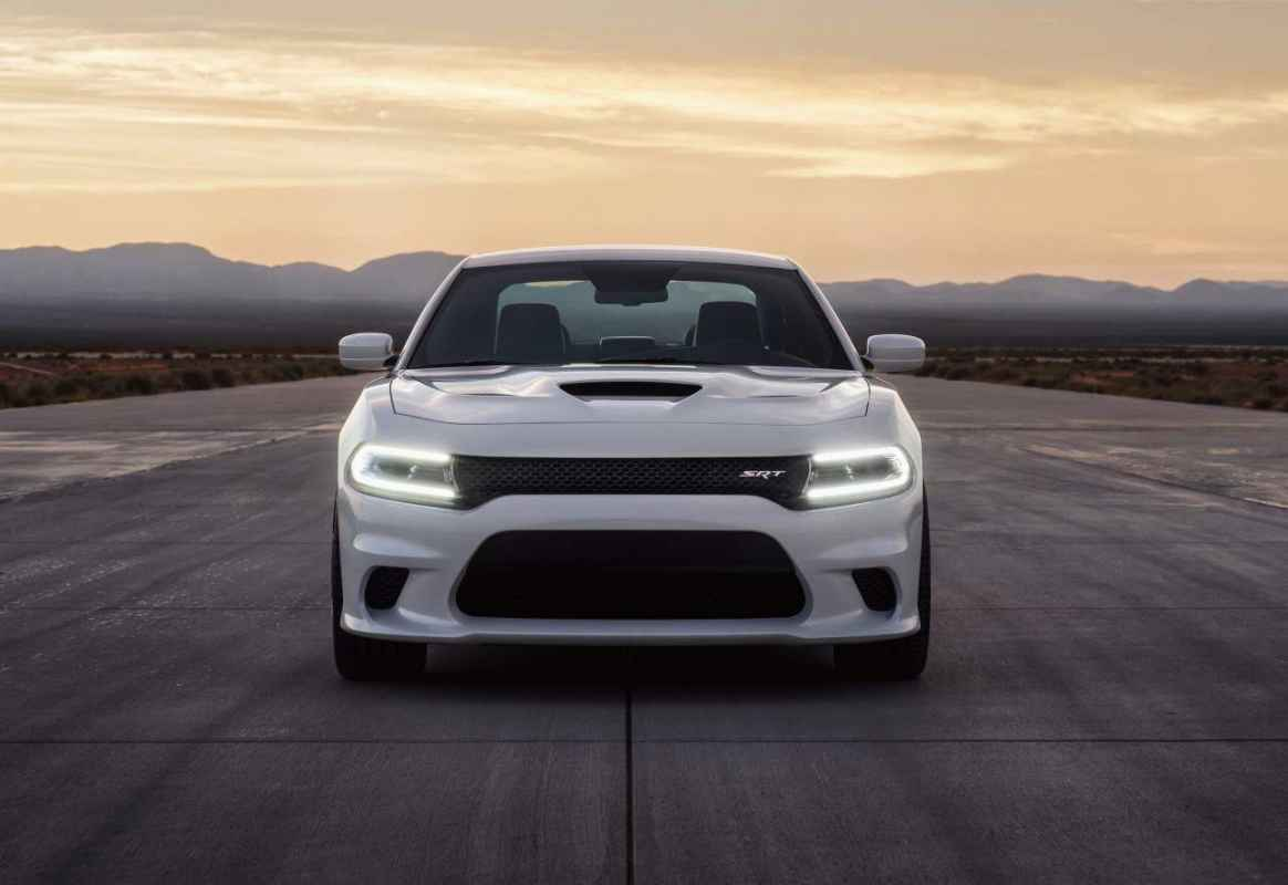 Test Drive: 2015 Dodge Charger SRT Hellcat Review Photo Gallery