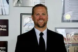 Brad Davis-headshot
