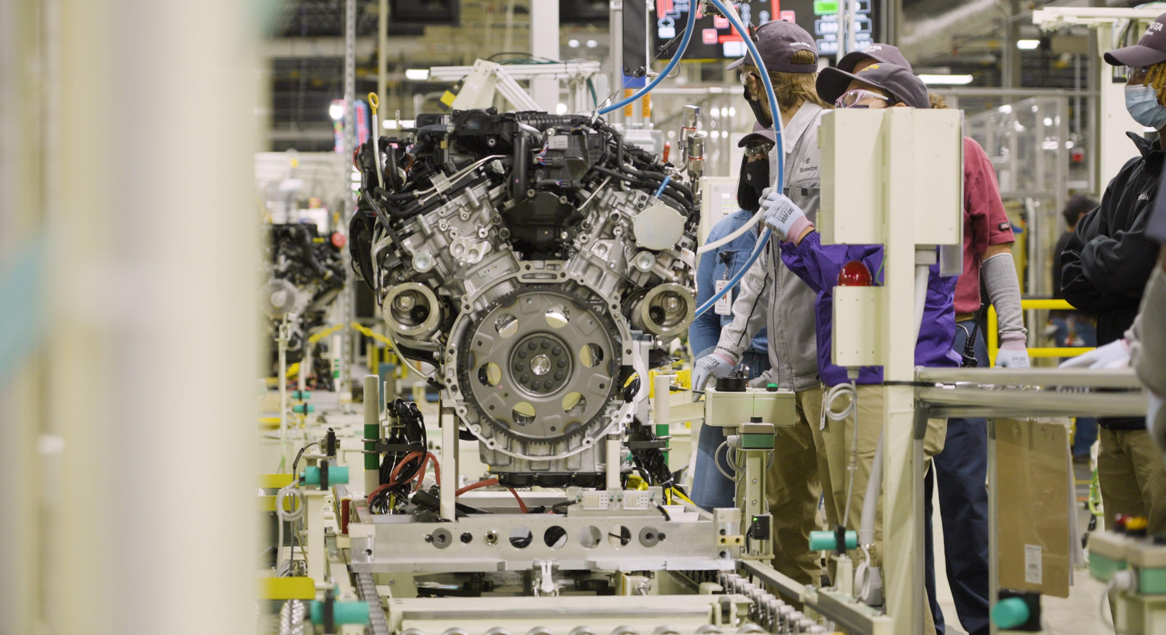 Toyota Celebrates 2022 Tundra Engine Plant